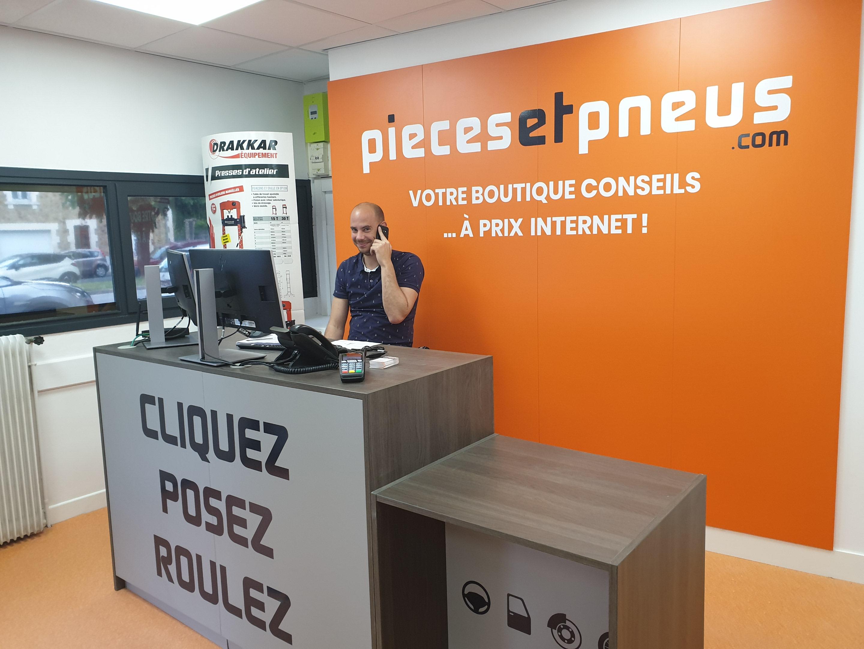 Piecesetpneus La Roche Sur Yon